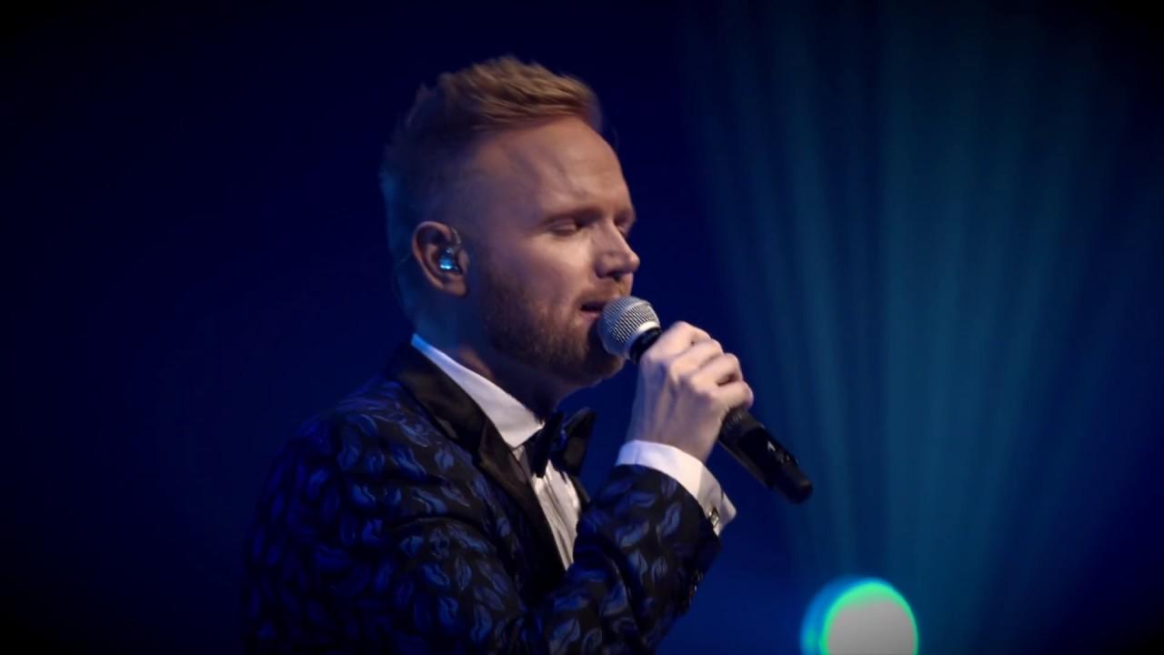 Heima Um Jólin - Friðrik Ómar LIVE